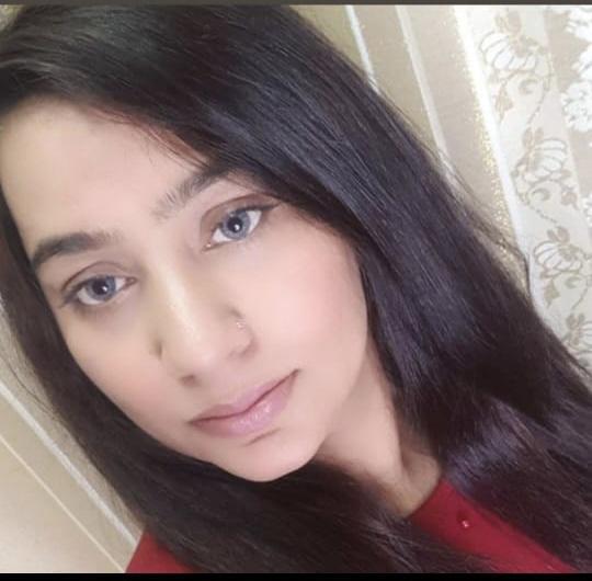 https://dfashionmagazine.com/Syede Fatima Ahsan